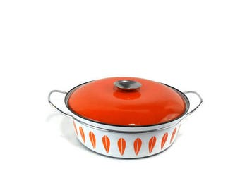 Vintage  2-1/2 Quart Cathrineholm Orange Lotus Covered Casserole * Shallow Quart Dutch Oven *