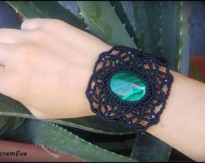 Malachite healing stone macrame mandala bracelet