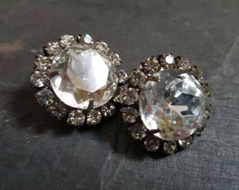 Vintage Rhinestone Earrings Large Round Silver Tone Bridal Rhinestone Earings Clear Rhinestone Clip On Bling Earrings Something Old V47