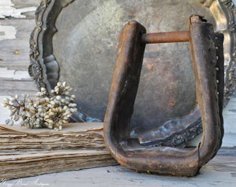 Vintage Stirrup Leather Metal Rustic Farmhouse Decor Fixer Upper Decor