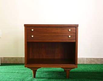 1950s Mid Century Walnut nightstand/ end table with drawer and open shelf