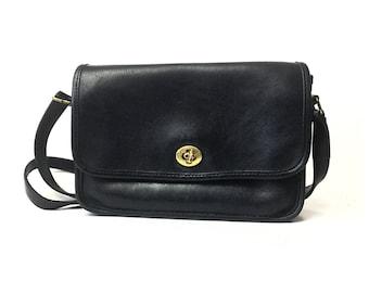 Vintage Coach bag, black coach purse, black coach bag, vintage coach purse, black leather crossbody, 1970s, 70s, black leather purse