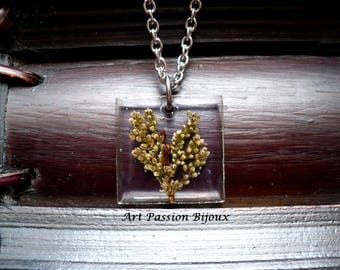 Dried flowers pendant in resin, ecofriendly necklace, nature jewelry, botanical jewelry, hippie necklace, stainless steel chain, 15 off ship