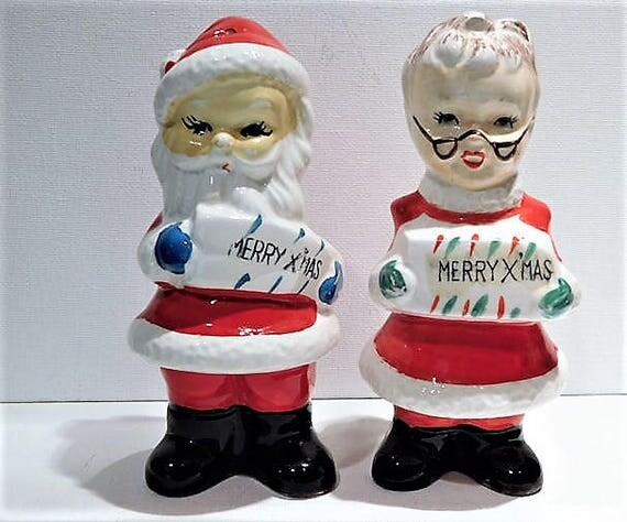 Christmas Salt Pepper Shakers / Santa Claus  / Mrs Claus / Mid Century