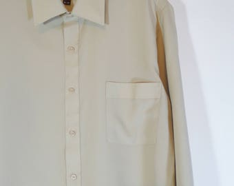 True Vintage 70s Hampton House by Van Heusen Khaki Beige Button Down Shirt with Collar, Retro Men's Fashion Leisure Wear Size XL, Normcore