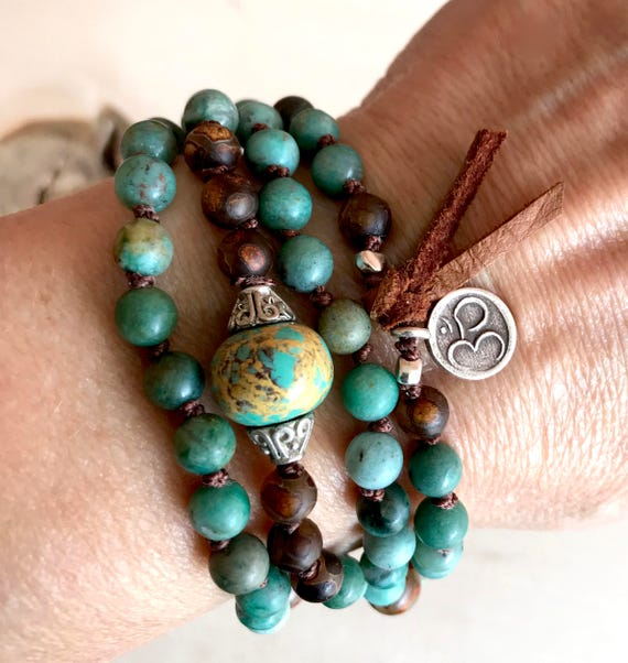 Protection Mala Beads - Turquoise Mala Beads - Sandalwood Mala Necklace - Knotted Mala Bracelet - Boho Jewelry - Heart Chakra Mala
