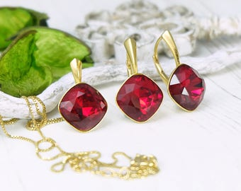 Red crystal earrings, Swarovski earrings, Bridesmaids gift, Red gold cushion cut earrings pendant, Red bridesmaids earrings, Crystal set