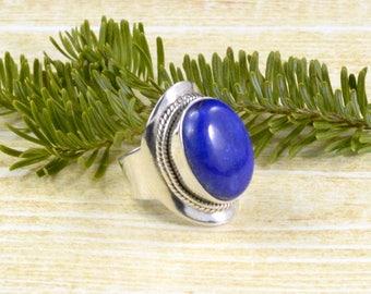 Lapis Lazuli Saddle Ring // Lapis Lazuli Jewelry // Sterling Silver // Village Silversmith