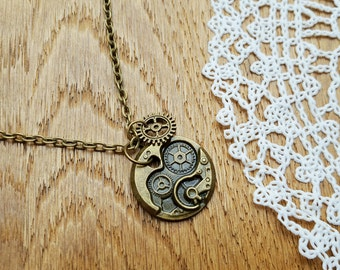 Vintage Style Steampunk Bronze Tone Necklace with Pendant, Steampunk Necklace