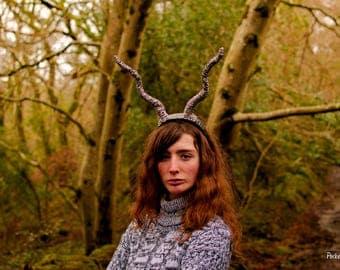 Gazelle Horns Creature Headpiece Goat Satyr Antlers Faun Horns Fawn Costume Pan Woodland Costume Cosplay Long Wavy Ram LARP Demon Bad Fairy