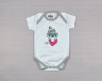 Baby one-piece / Hipster baby / designer / bodysuit / one-piece / shortsleeved / white color / 6-9 months / 74 cm