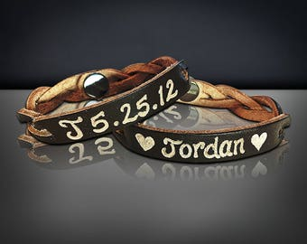 Personalized leather engraved bracelet - Personalized Couples gift - His and her gifts - Custom Leather Name bracelet -Matching Couples gift