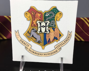 Canvas Panel Wall Art with Hogwarts' Crest & Never Tickle a Sleeping Dragon in Latin