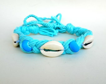 Cowrie shell bracelet Turquoise Summer bracelet Braid bracelet Beach bracelet Surfer gift Beaded bracelet Yarn bracelet Cotton bracelet Boho
