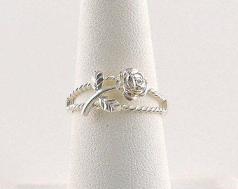 Size 7 Sterling Silver Filigree Rose Ring
