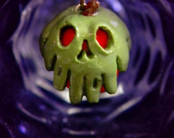 Poison Apple Necklace Snow White