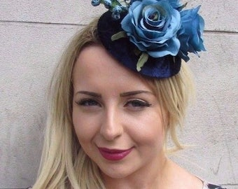 Navy Turquoise Blue Velvet Rose Berry Flower Fascinator Hat Vtg Races 1950s 3126