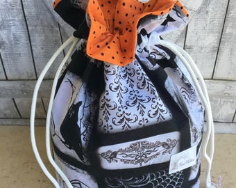 Crochet Project Bag|Black and White Halloween Drawstring Project Bag|Knitting Bag|Knitting Project Bag|Crochet Bag|Toad Hollow Bag|Halloween