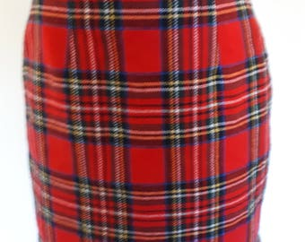 Vintage plaid tartan straight pencil Skirt red checked Size small