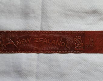 Vintage 1980's Chestnut Brown Leather NEW ZEALAND Bookmark