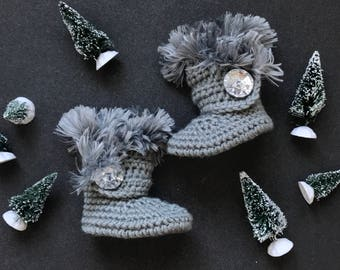 Uggs for Babies, Silver Leather Infant Boots, Fur Baby Ugg Booties, Gray Walkers for Girl, Crochet Newborn Shoes, Winter Baby Clothes