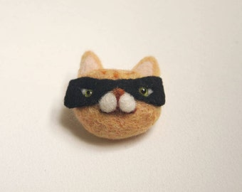 Needle Felted Cat Burglar Brooch - Felted Cat Brooch - Felt Cat Brooch - Cat Burglar Brooch - Cat Pin