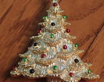 Vintage Gold Christmas Tree Brooch