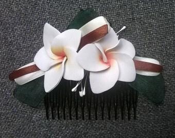 Plumerias with orange/reddish Center comb, frangipani. Plumeria frangipani haircomb, haircomb. Foamy flower