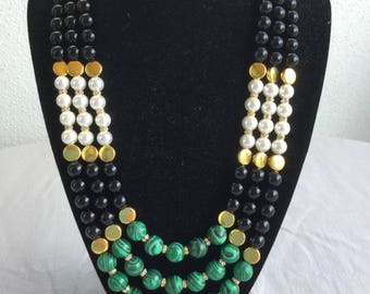 Malachite, Onyx and Shellpearls Necklace