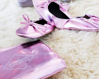 6 Pairs of Pink Foldable Shoe