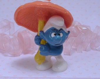 UMBRELLA SMURF~*The Smurfs*~Vintage Smurf PVC Figure~ 2.0118~Grumpy Smurf~Bully/W.Germany