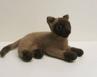 Felted Siamese cat