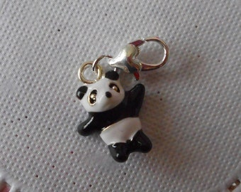Charm panda silver metal painted black and white with 3.50 cm tall heart clasp.
