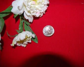1 beige button Pearl 3.5 cm