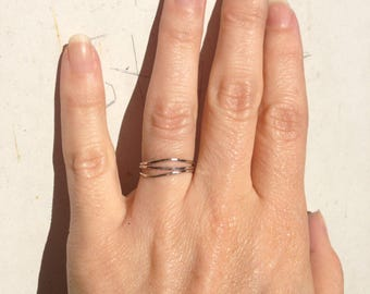 Wavy stacking rings, set of 3 rings, HAMMERED wonky rings, Thin wavy rings, solid 14k gold rings, stacking ring set, yellow rose white gold