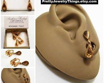 Avon Orange Topaz Crystal Teardrop Clip On Earrings Gold Vintage 1977 Austrian Glass November Birthstone Glass Stone Bezel Set Wide Edge