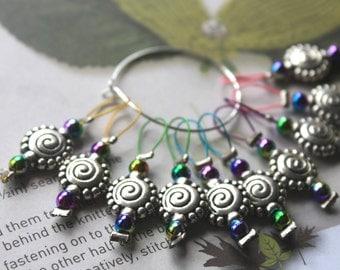 10 Knitting stitch markers swirlies