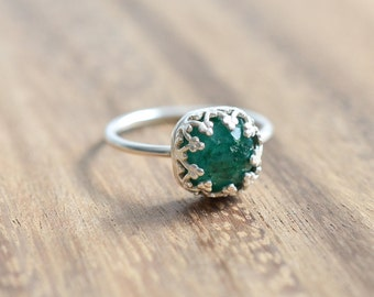 Ready to Ship Size 9 // Rose Cut Emerald Ring // Sterling Silver Emerald Ring  // Rose Cut AAA Emerald Engagement Ring May Birthstone Ring