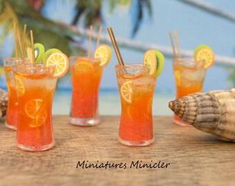 Miniature Dollhouse Orange Drink 1:12