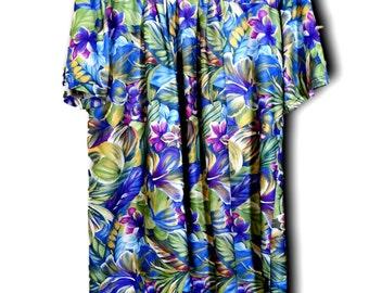 Women's plus size floral maxi dress