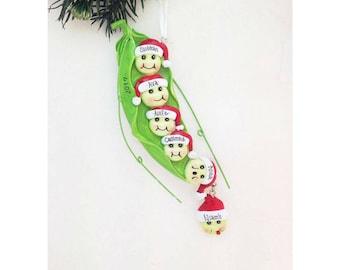 6 Family Peas in a Pod Ornament / Family Personalized Christmas Ornament / Family Ornament