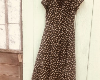 Sz8  button up long floral 90s dress