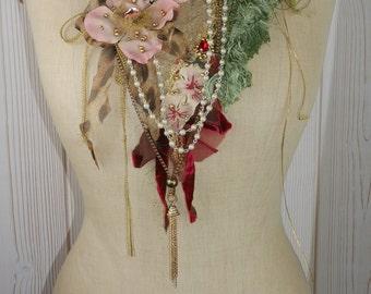 """Exuberant textile art necklace """"Belle bohémiènne"""", Unique, Art to wear, Beautiful and feminine"""