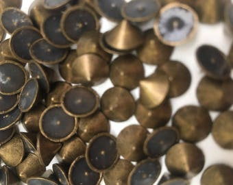 100pcs 8mm Bronze Gold Hotfix Cone Spike Studs, Punk, DIY Fashion Gems, Stick On