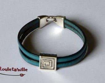Leather Bracelet teal, silver metal