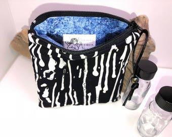 Black Essential Oil Pouch, Essential Oil Pouch, Vape Juice Bag, 2-3 Bottle Young Living Oil Bag, Doterra Essential Oil Travel Case