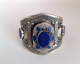 Pretty Lapis Blue Stone Flower Bohemaian Cuff Ethnic Afghan Tribal Style Jewelry