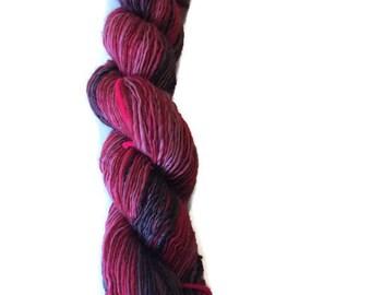 Handspun Gradient Yarn - Ombre Yarn - Handspun Singles Yarn - Merino Wool - 236 yards - Red to Black