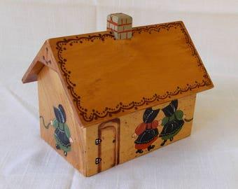 Vintage Recipe Card File, Wooden Folk Art