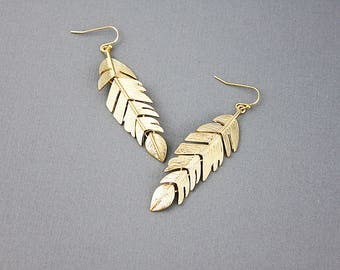 Gold / Silver Stylish feather Earrings  Delicate Dangle Earrings . Bridesmaid Gift  Bridesmaid Earrings Birthday Gift